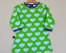 jny hearts on green dress