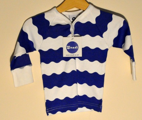 Snadi blue and white top